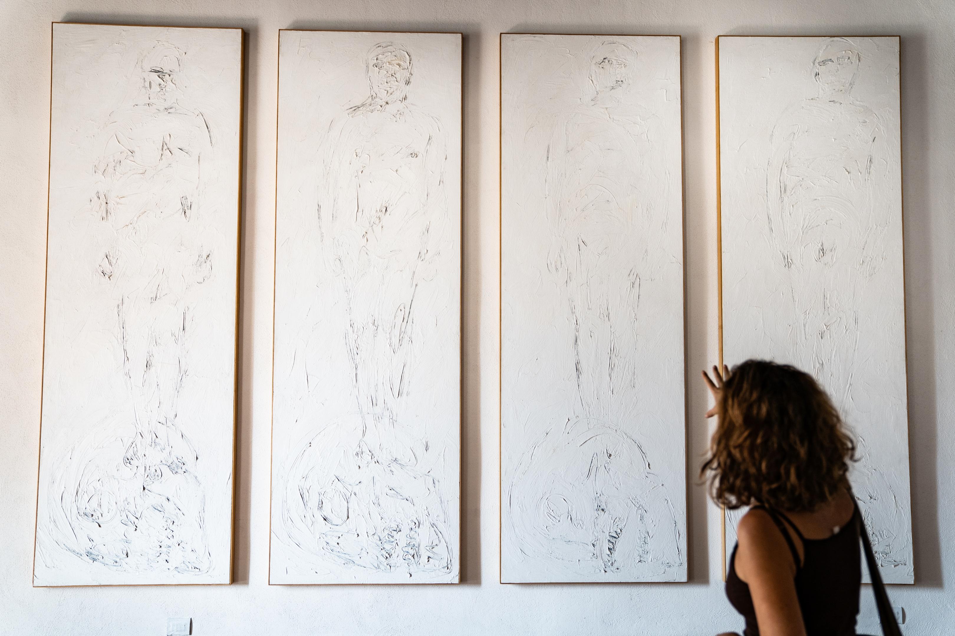 opere in mostra presso Castello Macchiaroli